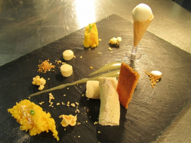 A Deconstructed Lemon Cheesecake